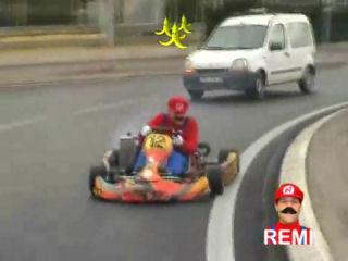 r mi gaillard joue mario kart. Black Bedroom Furniture Sets. Home Design Ideas